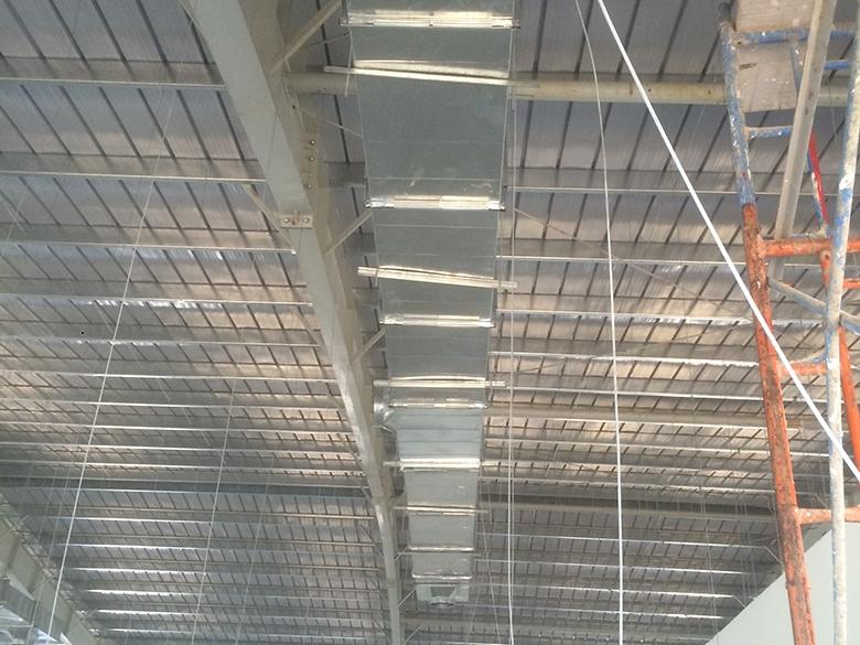 Lắp đặt đường ống khách sạn Sen Việt - Cung cấp Ống Gió Điều Hòa Không khí